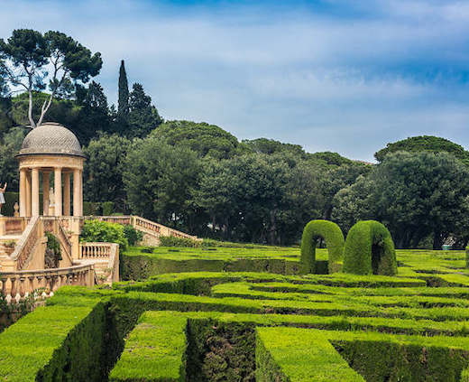 Park labirint orta